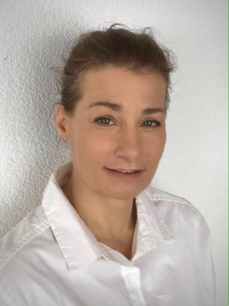 Portrait-Ursula-PS